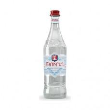 Spring water Byuregh 0.5l. glass bottle